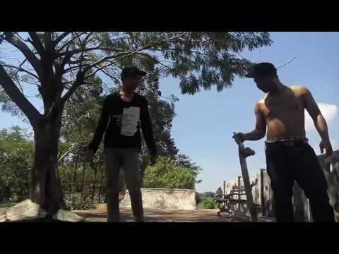 GAWI X WEEKEND WARRIOR (WITH RIVALDI) SKATEBOARDING AS EASY AS FCK