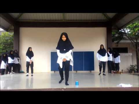 [SchoolAssignment] Mashup Traditional & Modern Dance