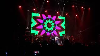 The Jacksons (The Jackson 5 Middle) (02) @ Luna Park, Bs As, Argentina (21.03.19)