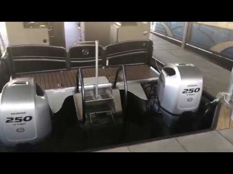 2019 Premier 310 Accolade with Twin 250 hp Honda Outboards
