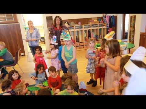 Gan Israel Preschool in Petaluma Passover Seder