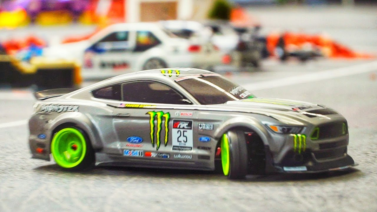 RC DRIFT CAR RACE MODELS IN DETAIL AND MOTION! SCALE 1:10 ...
