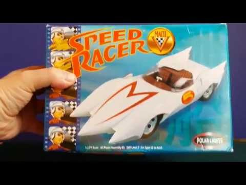 OOB Review Polar Lights Speed Racer Mach 5