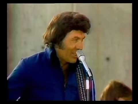 Carl Perkins Singin' Country Boy's Dream