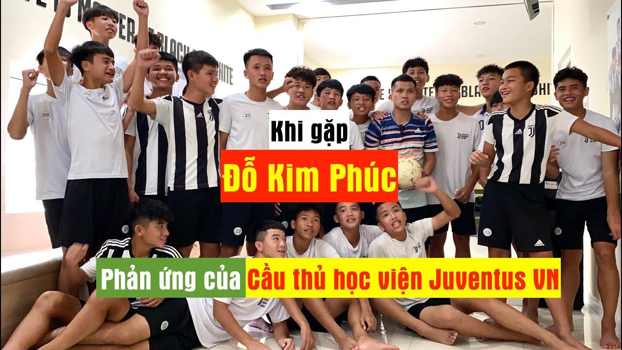 Rủ Đỗ Kim Phúc khám phá học viện bóng đá Juventus Việt Nam | Bất ngờ gặp con trai Nguyễn Quang Hải