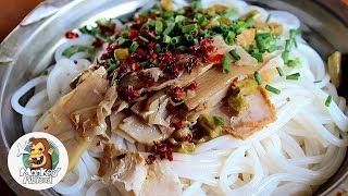 This Dump Serves Dank Rice Noodles