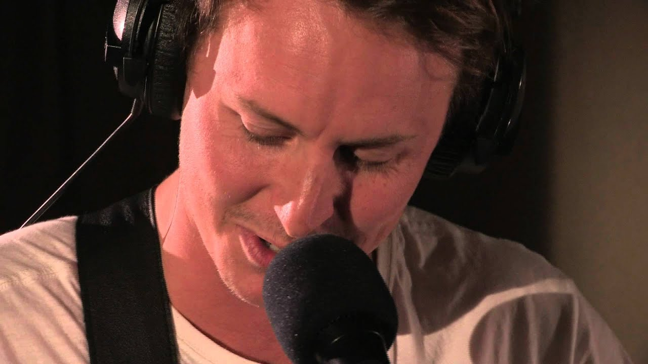 Ben Howard Covers Call Me Maybe In The Live Lounge Youtube