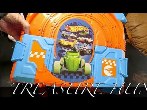 Hot Wheels Slot Car set unboxing Treasure Hunt!