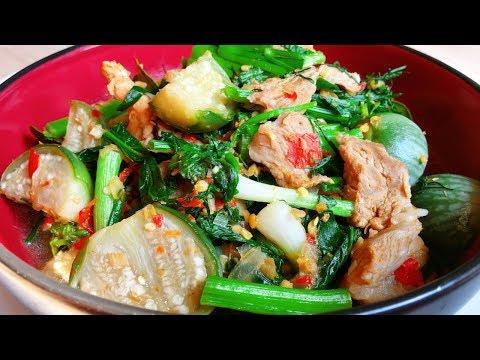 แกงอ่อมหมู สูตรคุณยาย อาหารอีสานแท้ๆ ทำง่ายๆ /Om Mu (Pork Curry with lemongrass)Thai Food Recipe