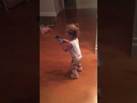 18 month old baby singing Justin Bieber's Baby song
