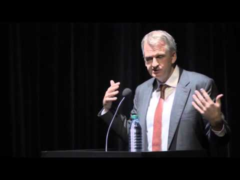Timothy Snyder: The Russian Military Tactic of 'Reverse Asymmetrical Warfare' in Ukraine