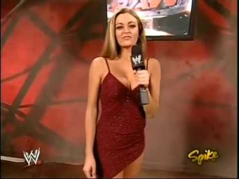 Maria Kanellis Raw Debut 1 Nov 2004