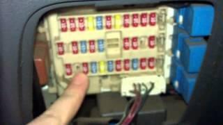 видео Блок предохранителей Nissan Qashqai: схема, расположение и способы замены
