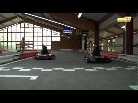 Herold und Jenna testen die neue GoKart Arena Neufinsing