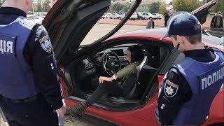 Полиция Разводит Девушку