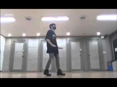 Jungkook' manolo dance