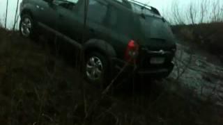 hyundai tucson  видео заявка на участие в ралли Париж-Дакар(Он прошел грязь и песок, ему покорились стихии.... он новый король бездорожья! hyundai tucson 2.0!!!!!!!!!!!!, 2010-12-02T12:14:07.000Z)