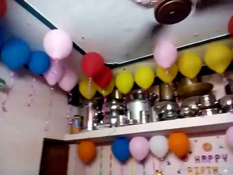 Birthday decoration simple and easy latest birthday for Simple balloon decoration ideas at home