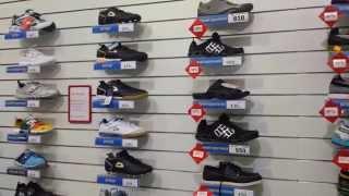 Спортивная детская обувь для школьников со скидкой до 40% в интернет магазине детский мир(Спортивная обувь для школьников со скидками от интернет магазина Детский мир. подробнее на сайте http://www.ds.com...., 2014-08-16T10:44:47.000Z)