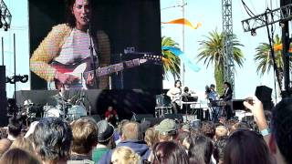 St. Vincent - Save Me From What I Want -Treasure Island 2011