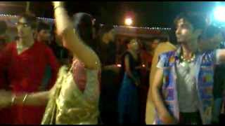 Khelaiya Group Nadiad play garba with Praful sir at ekta navratri 2011