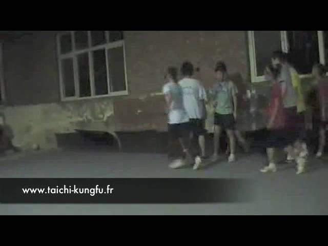 Entrainements Kungfu Wushu - Enfants de Luoyang (1)