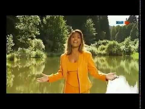 Belsy - Ein bisschen Frieden - YouTube