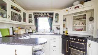 Carlton meres in Suffolk stunning Lodge style caravan for hire book with £25 deposit.