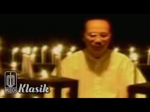 Ebiet G Ade - Untuk Kita Renungkan (Karaoke Video)