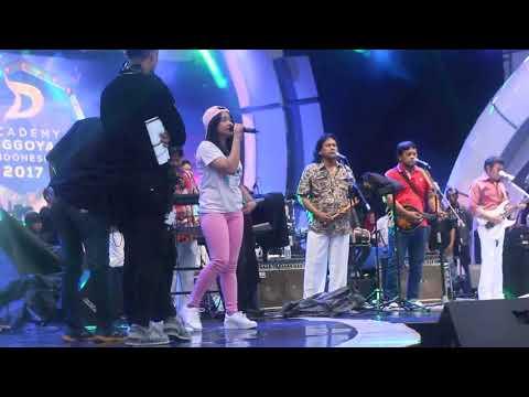 Cek Sound Malang Indosiar Lagu Rambate Rata Hayo, Artis Dangdut Akademi Dengan Rhoma Irama