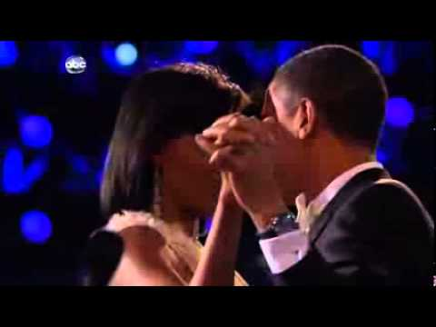 Inauguration Ball 2009__Barack & Michelle Dancing__Beyonce Singing At Last