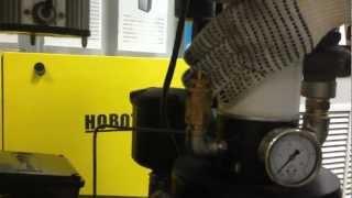 Воздушный винтовой компрессор НОВОТЕК(Винтовые компрессорные установки НОВОТЕК - это смонтированные на собственной силовой раме компактные..., 2013-02-04T08:08:55.000Z)