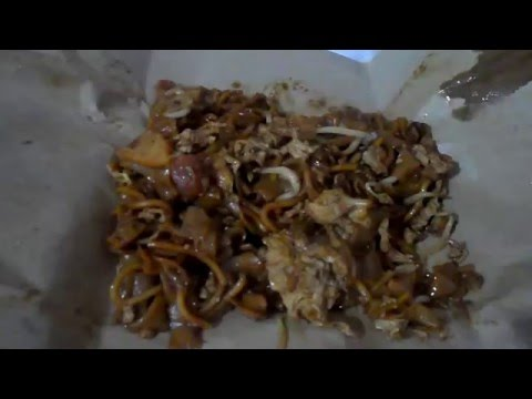 [ASMR] Eating Char kway teow | 炒粿条(fried noodles dish) [no talking]