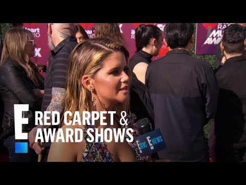 Maren Morris Gets a Surprise From AJ McLean | E! Red Carpet & Award Shows Mp3