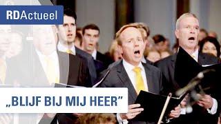 SGP-politici zingen in Grote Kerk Dordrecht