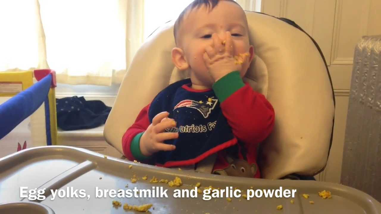Baby Led Weaning - scrambled egg yolks - 8 month old - YouTube