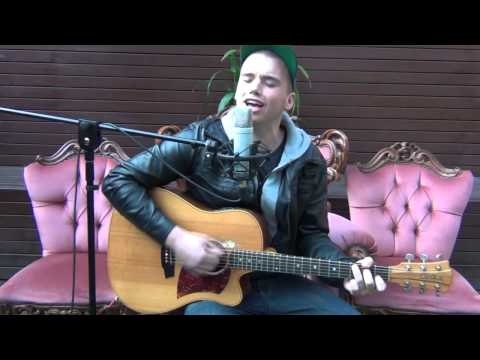 Lizotte's Courtyard Sessions - Joe Moore, I'm not leaving