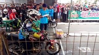 Video Drag bike cilacap ninja vs vixion download MP3, 3GP, MP4, WEBM, AVI, FLV Oktober 2018