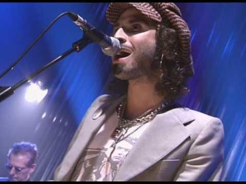 06 Jaime Urrutia - Cuatro Rosas (Directo en Joy) con Pereza