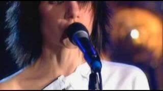 PJ Harvey... Shame (Live 04)