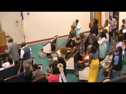 Patrick Love 5:37 seconds Praise Break