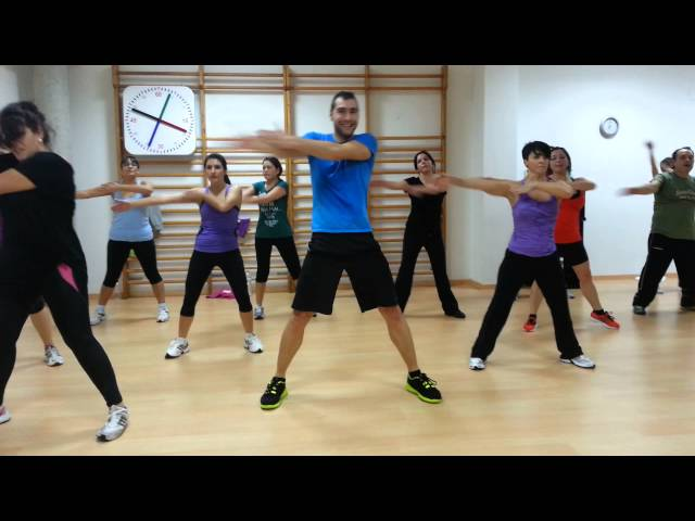 Active dance latino baile agachate Videos De Viajes