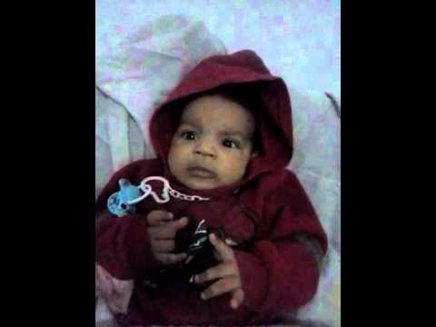 Bebe de 3 meses fala seu proprio nome Murilo .