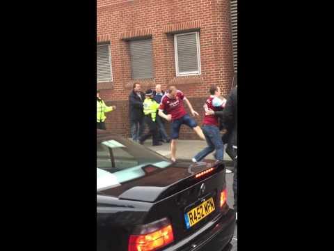 West Ham vs Sunderland fight FT. The Police 21/3/15