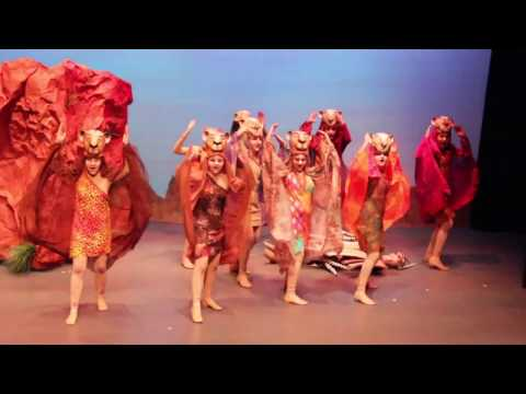 "The Lion King Musical 2015 ""Lioness Hunt"""