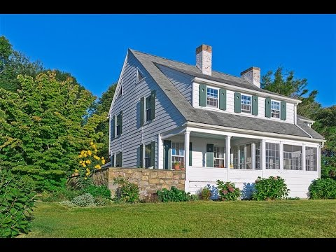 Colonial Waterview Home in North Kingstown, Rhode Island