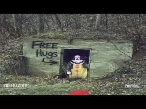 30+ Scary Clowns Free Hugs Images