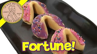 Fortune Cookie Maker, Moose Toys - How to Write, Create and Decorate Fortune Cookies!