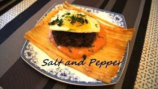 Бифштекс с пастой, жареным яйцом и томатным соусом [ Salt and Pepper]