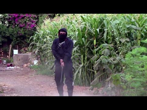 Egyptian ninja practices Ninjutsu on his farm